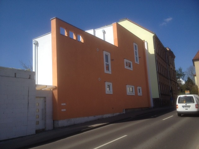Multi-generational Passivhaus home with a north wall, Leipzig