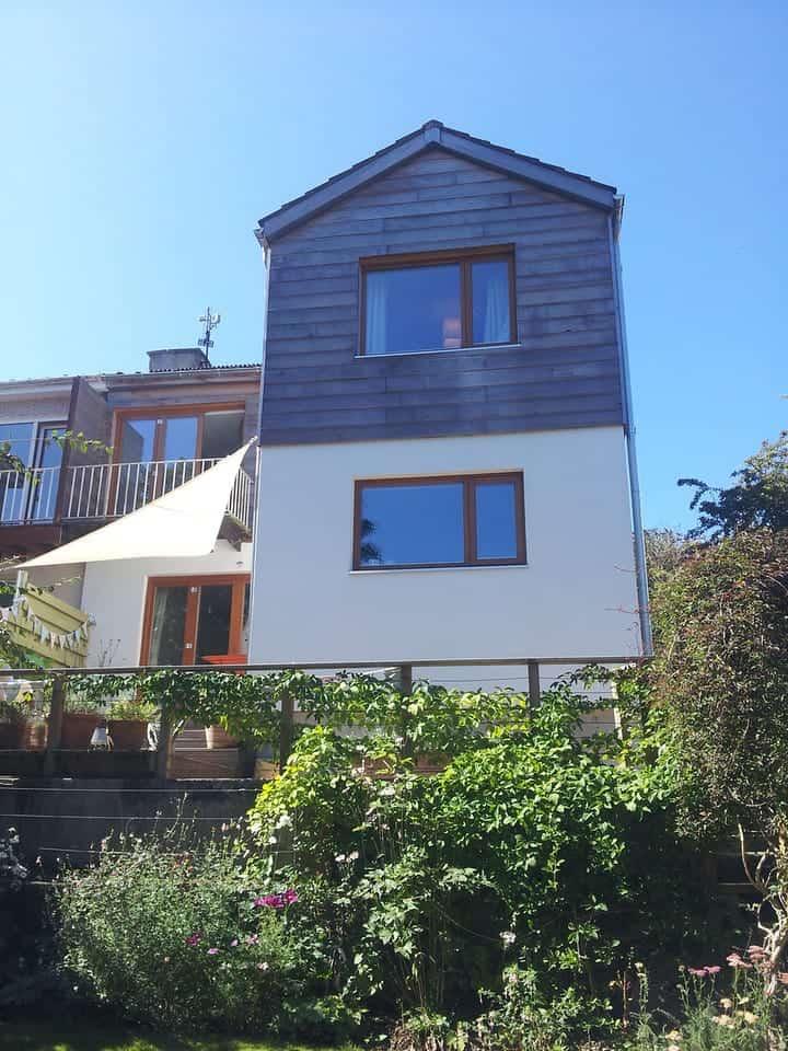 PERFORMANCE windows at Cornish retrofit